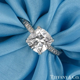 Tiffany & Co. Platinum Cushion Cut Diamond Novo Ring 2.22ct G/VVS1